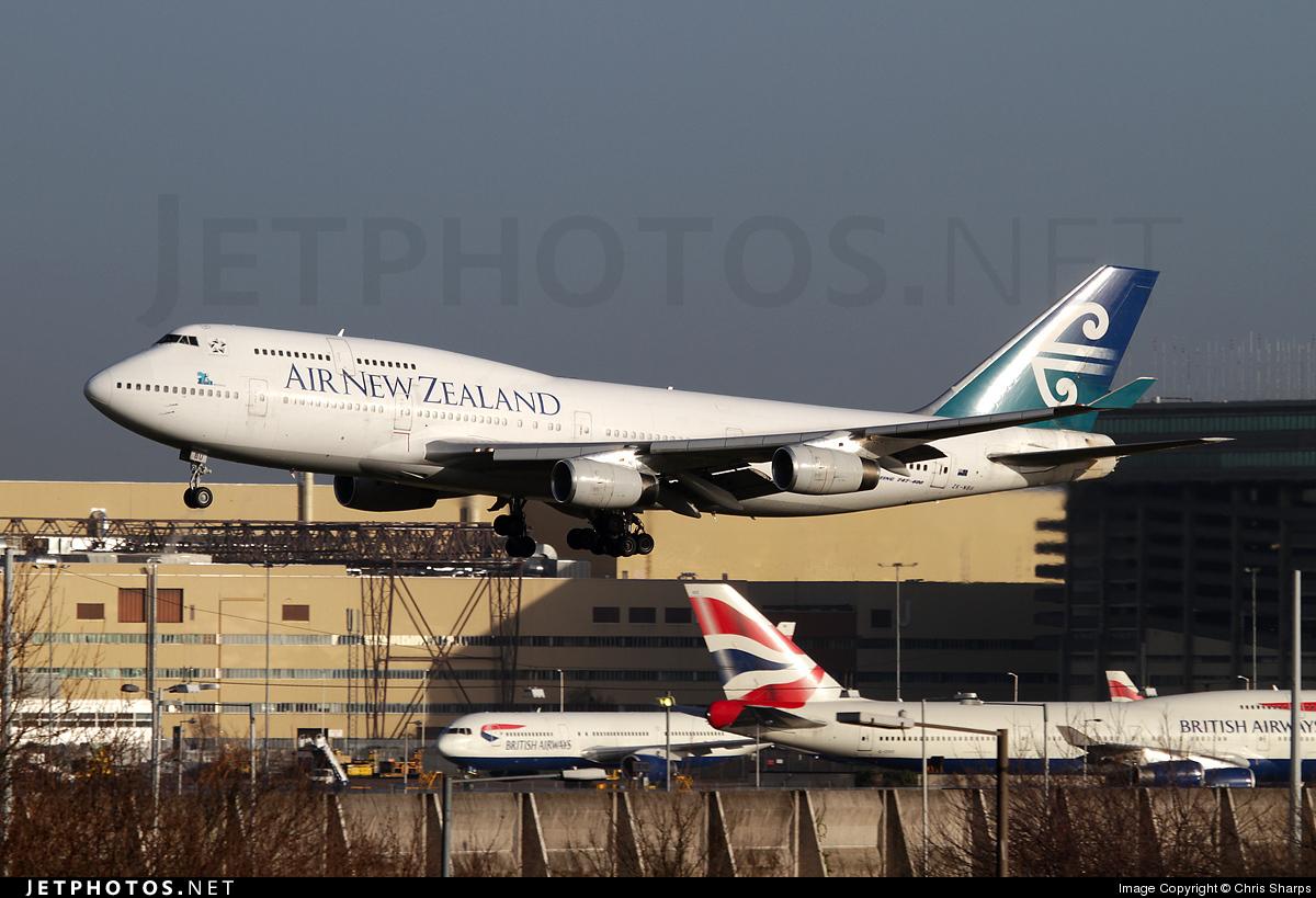ZK-NBU - Boeing 747-419 - Air New Zealand