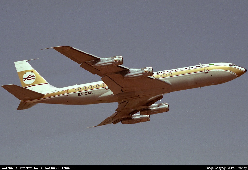 Et-AIV Ethiopian Airline Boeing 707 cargo at STN 26 Oct 19 ... |Libyan Airlines Cargo Boeing 707