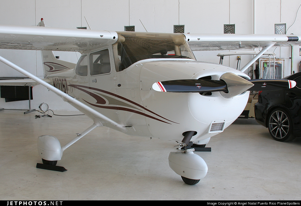 N22757 - Cessna 172S Skyhawk SP - Private