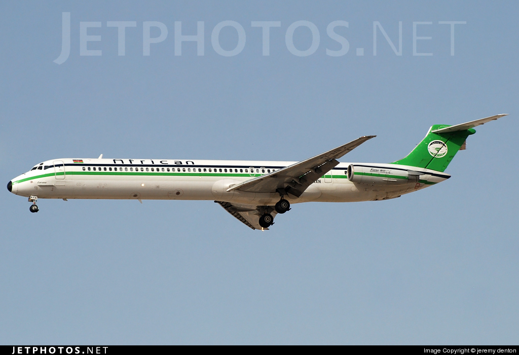 5Y-AXN - McDonnell Douglas MD-82 - African Express Airways