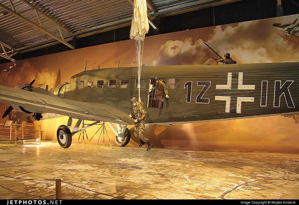 1Z-IK - CASA 352L - Germany - Air Force