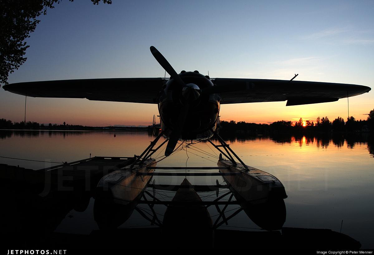 N9MT - Cessna 195 - Private
