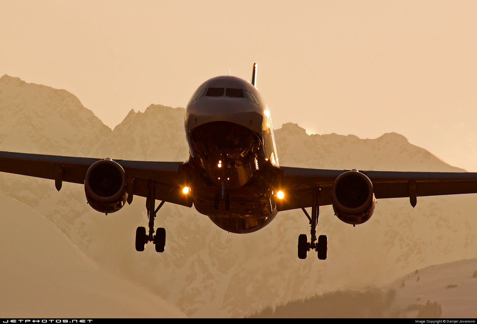 G-TTOE - Airbus A320-232 - easyJet