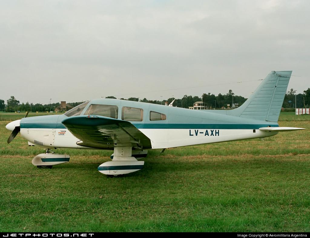 LV-AXH - Piper PA-28-181 Archer II - Private