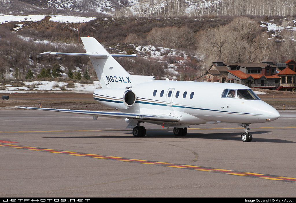 N824LX - Raytheon Hawker 800XP - Flight Options