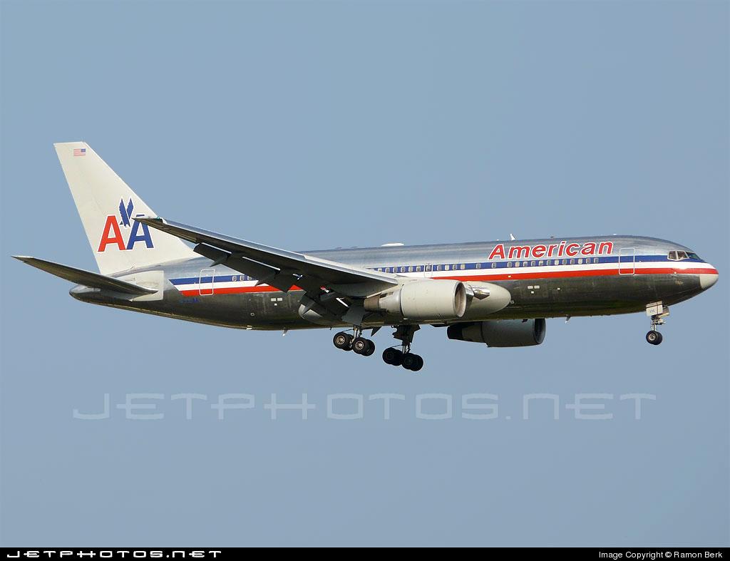 N335AA - Boeing 767-223(ER) - American Airlines