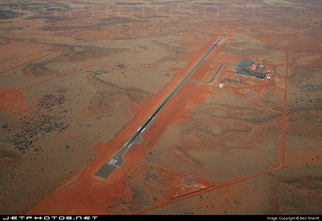 YAYE - Airport - Airport Overview