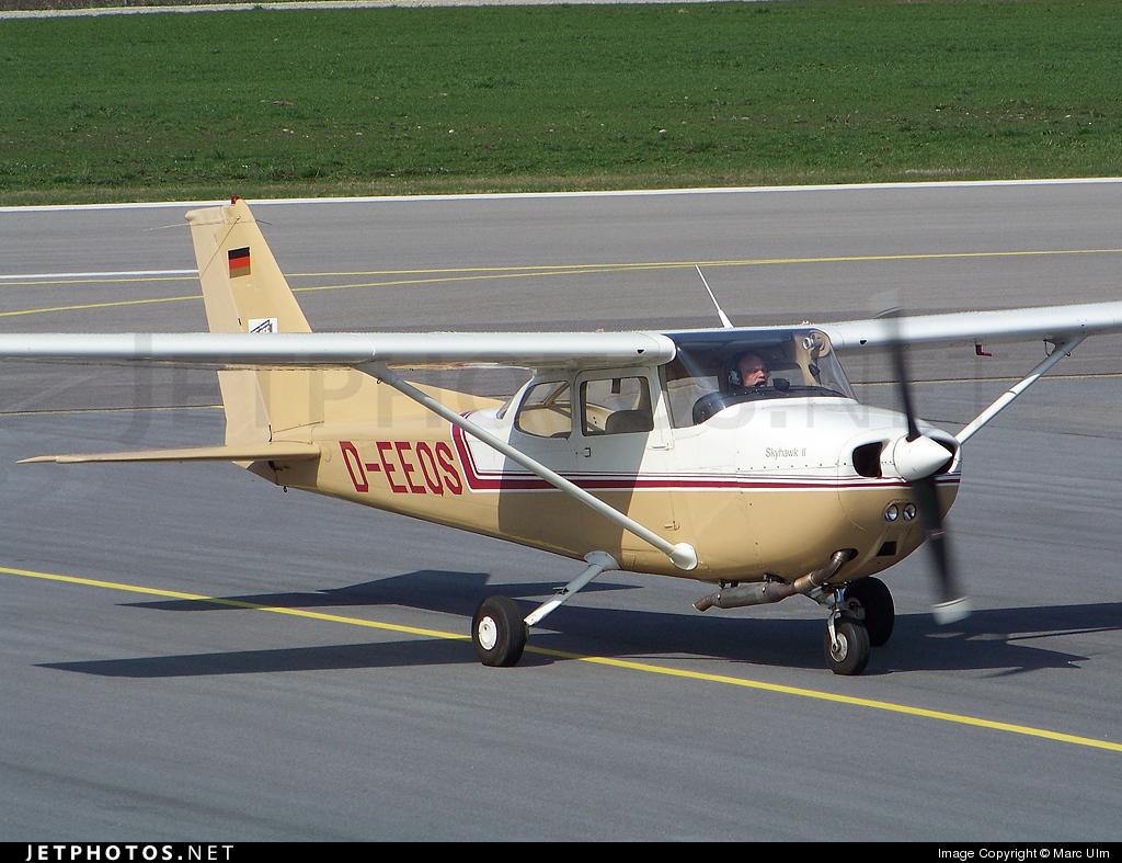 D-EEQS - Reims-Cessna F172N Skyhawk II - Private