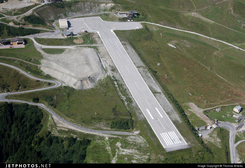LFLJ - Airport - Airport Overview