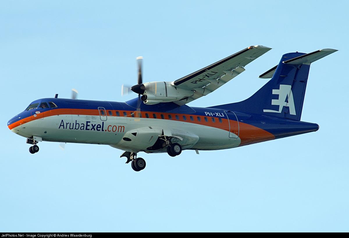 PH-XLI - ATR 42-320 - ArubaExel