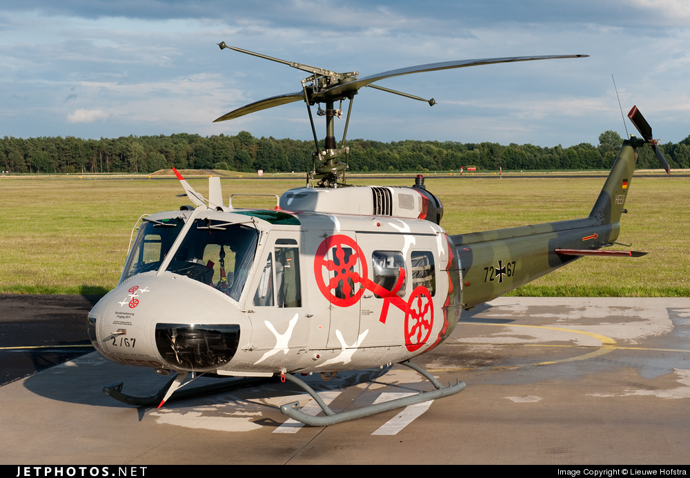 72-67 - Bell UH-1D Iroquois - Germany - Army
