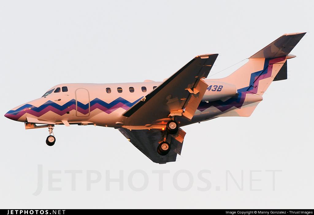 N843B - Hawker Siddeley HS-125-400A - Private