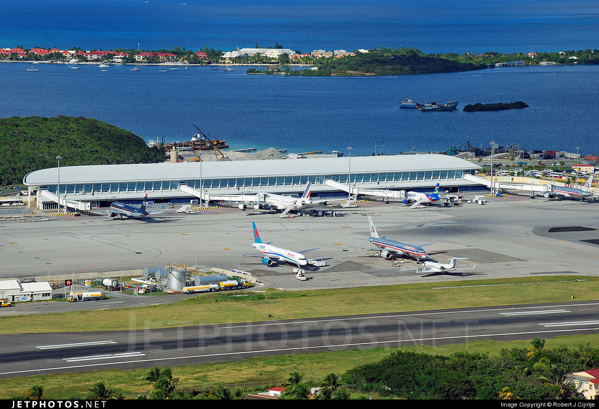 TNCM - Airport - Airport Overview
