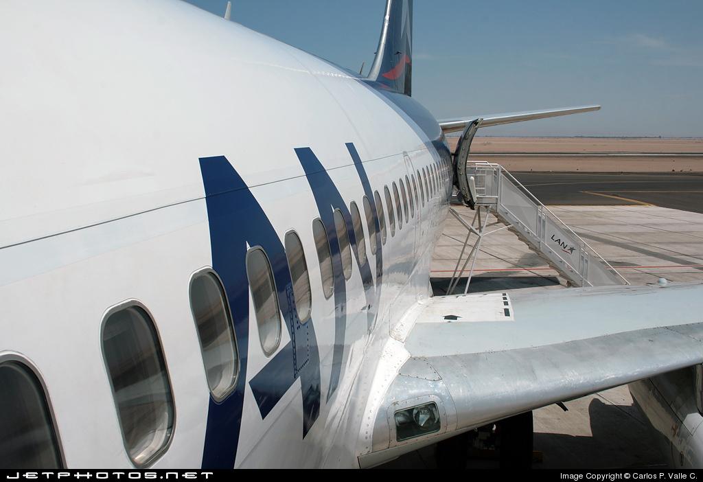 CC-CDH - Boeing 737-230(Adv) - LAN Airlines