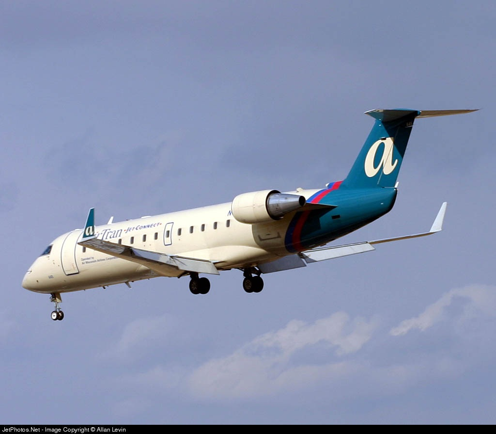 N445AW - Bombardier CRJ-200LR - airTran Jet Connect (Air Wisconsin)