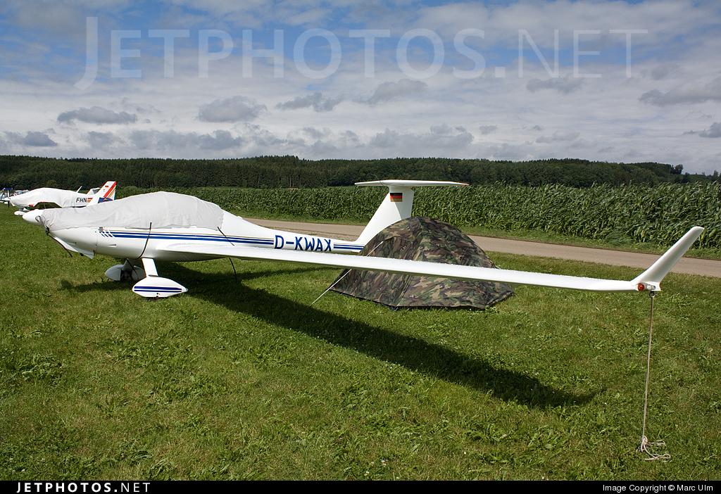 D-KWAX - Diamond HK-36TC-100 Super Dimona - Private