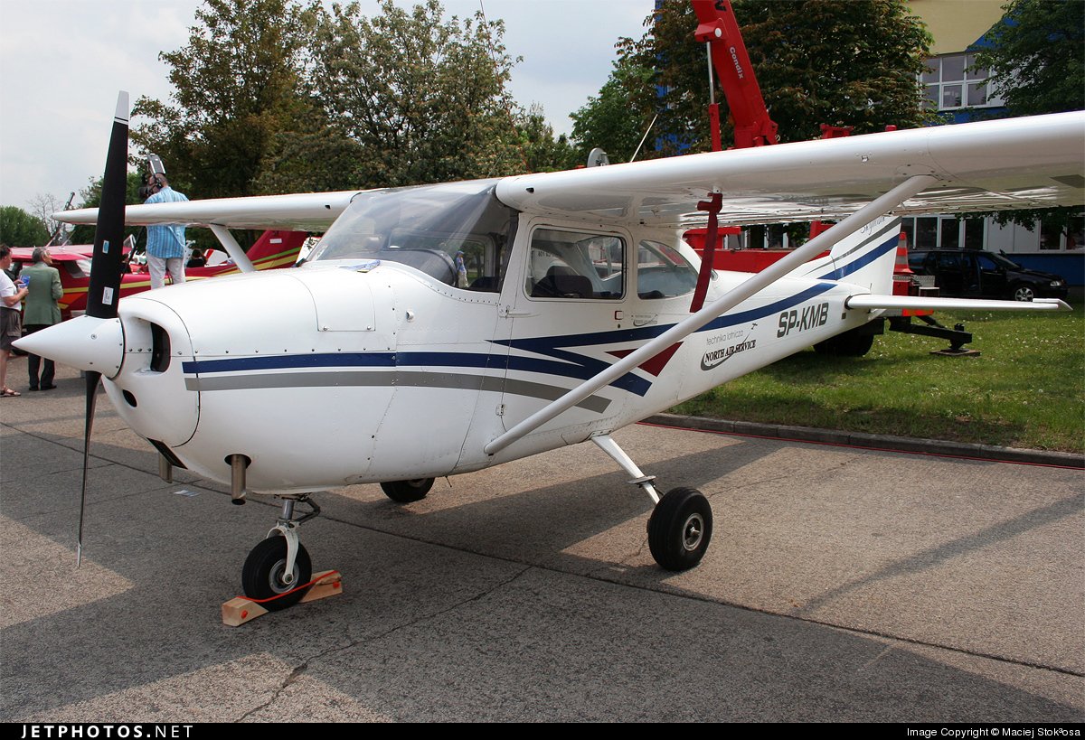 SP-KMB - Reims-Cessna F172G Skyhawk - Private