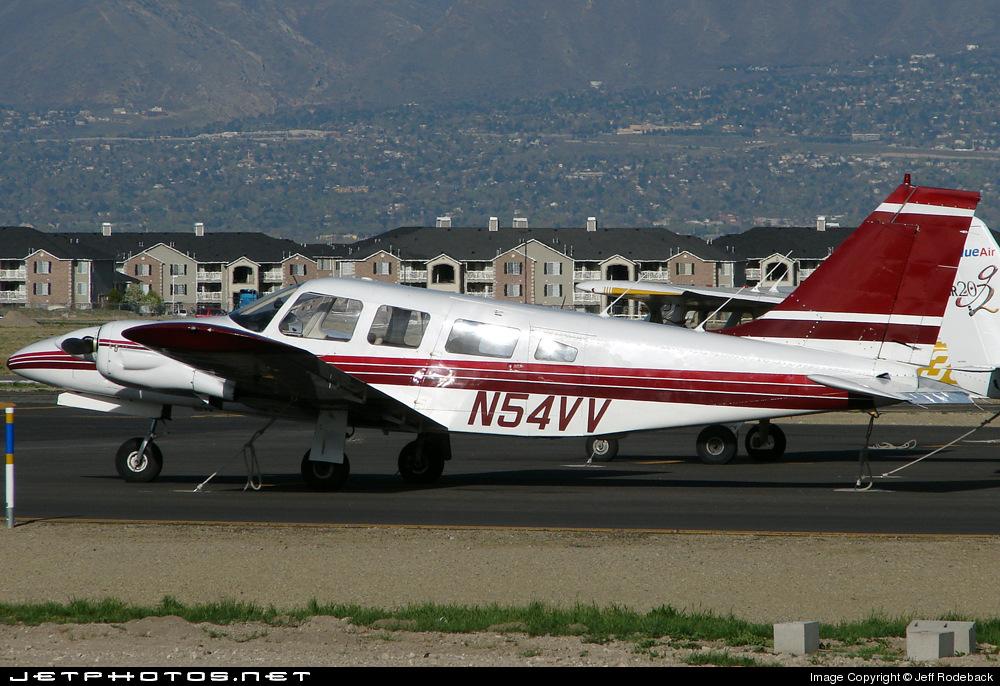 N54VV - Piper PA-34-200 Seneca - Private