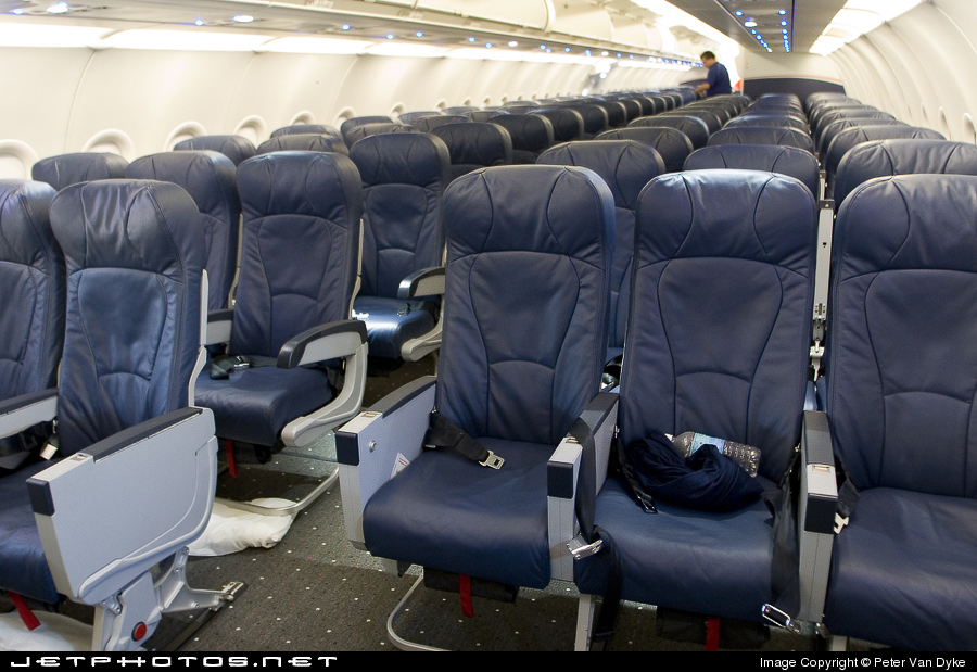 N193uw airbus a321 211 us airways peter van dyke jetphotos n193uw airbus a321 211 us airways sciox Gallery