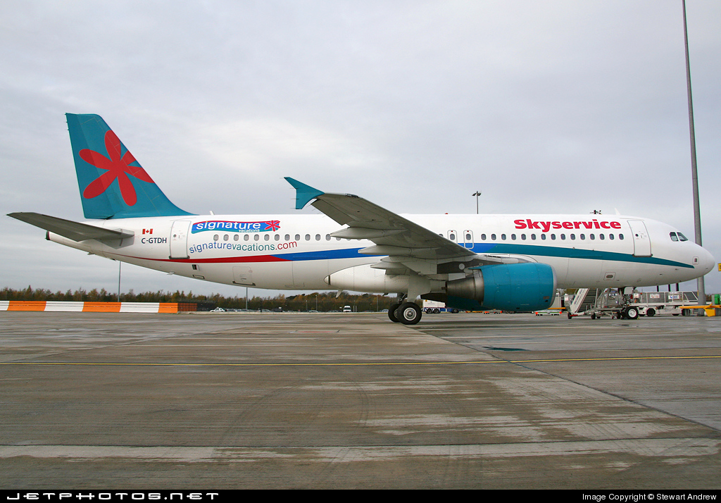 C-GTDH - Airbus A320-214 - Skyservice Airlines