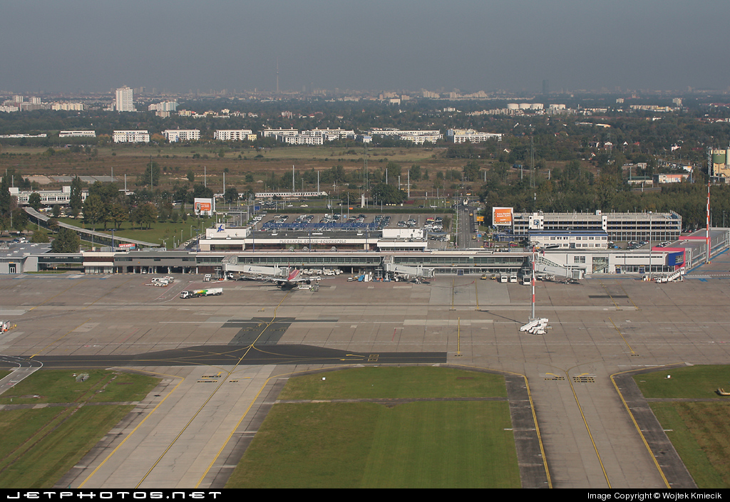 EDDB - Airport - Airport Overview