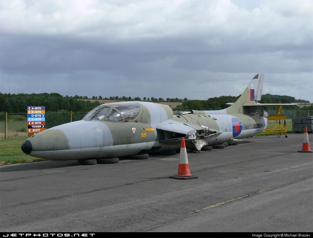 XL592 - Hawker Hunter T.7 - United Kingdom - Royal Air Force (RAF)