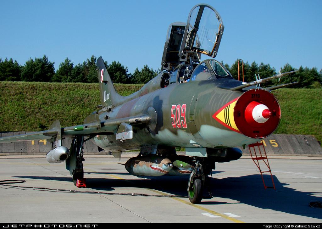 509 - Sukhoi Su-22UM Fitter - Poland - Air Force