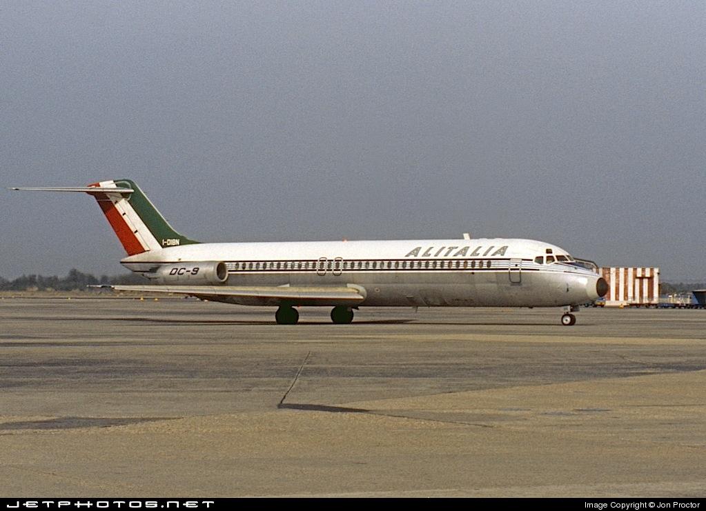 I-DIBN - McDonnell Douglas DC-9-32 - Alitalia