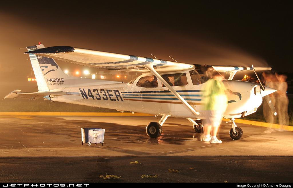 N433ER   Cessna 172S Skyhawk SP   Embry-Riddle Aeronautical