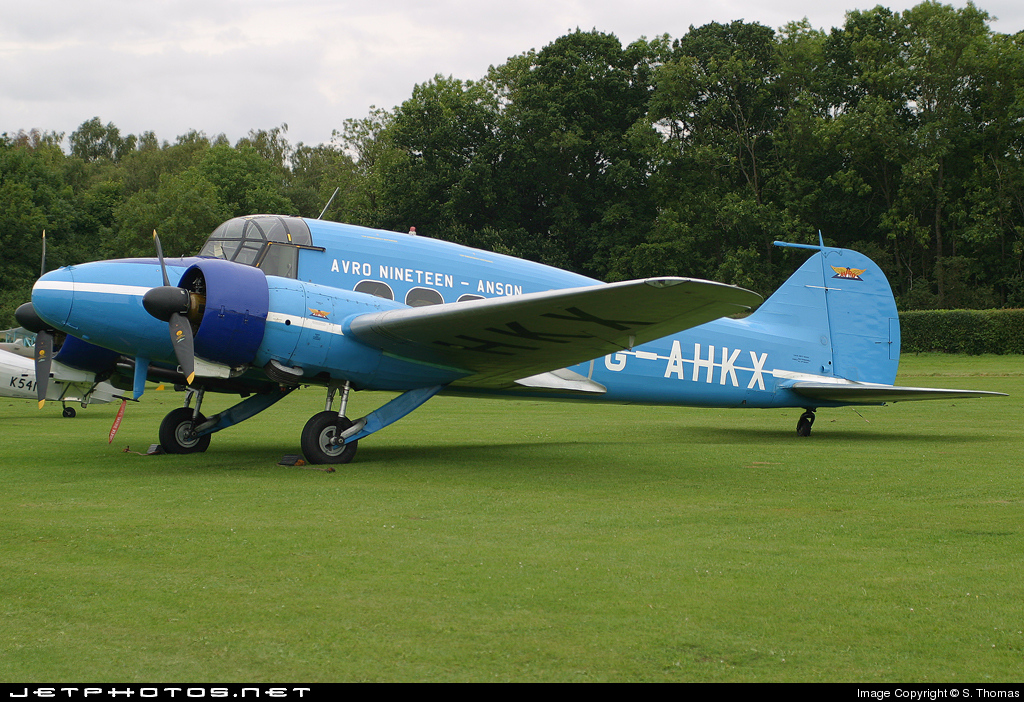 G-AHKX - Avro Anson C.19 - Private