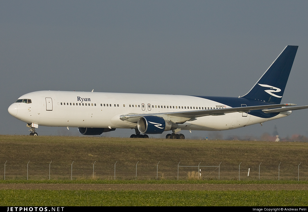 N125RD - Boeing 767-383(ER) - Ryan International Airlines