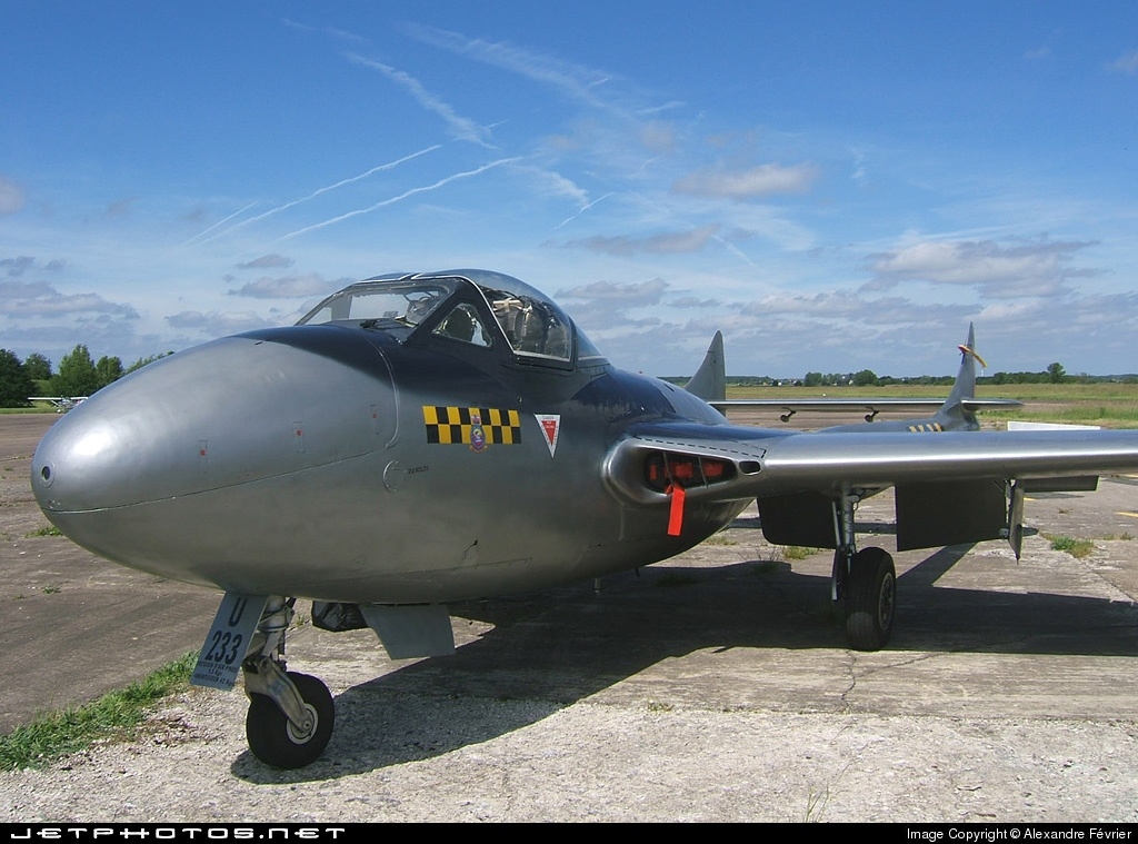 F-AZKF - De Havilland Vampire T.11 - Private