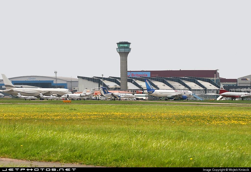 EGGW - Airport - Ramp