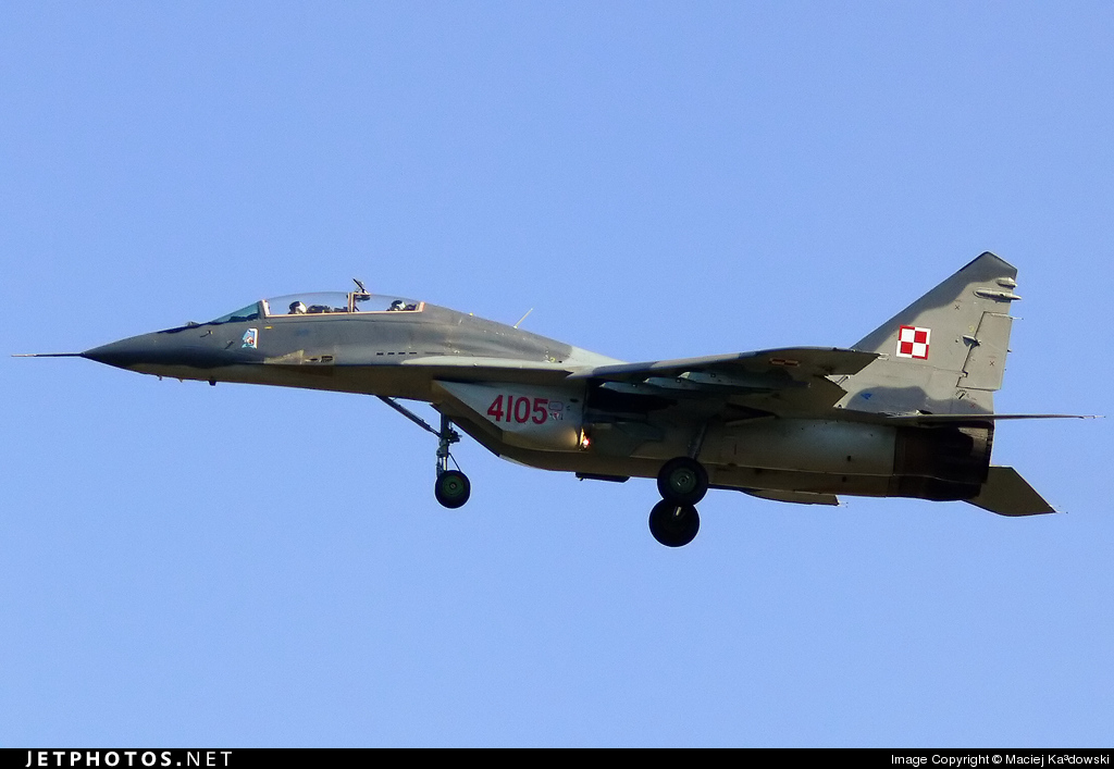 4105 - Mikoyan-Gurevich MiG-29UB Fulcrum - Poland - Air Force