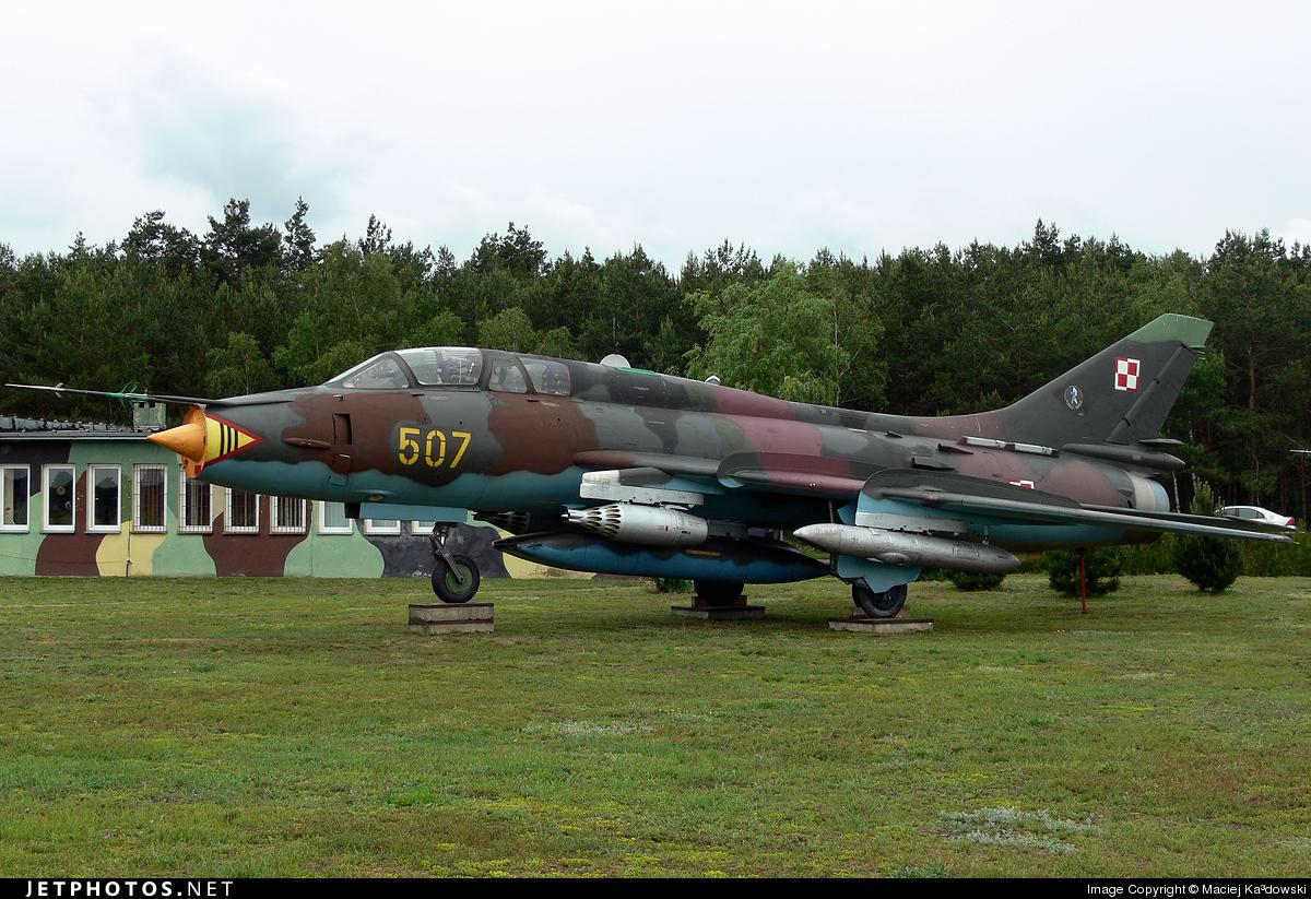 507 - Sukhoi Su-22UM Fitter - Poland - Air Force