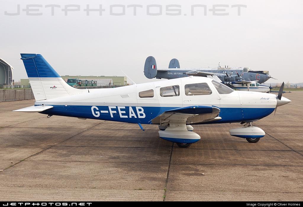 G-FEAB - Piper PA-28-181 Archer III - Private