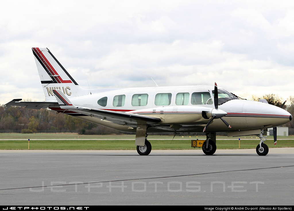 N111UC - Piper PA-31-350 Navajo Chieftain - Private