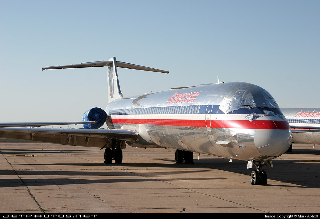 N920TW - McDonnell Douglas MD-82 - American Airlines