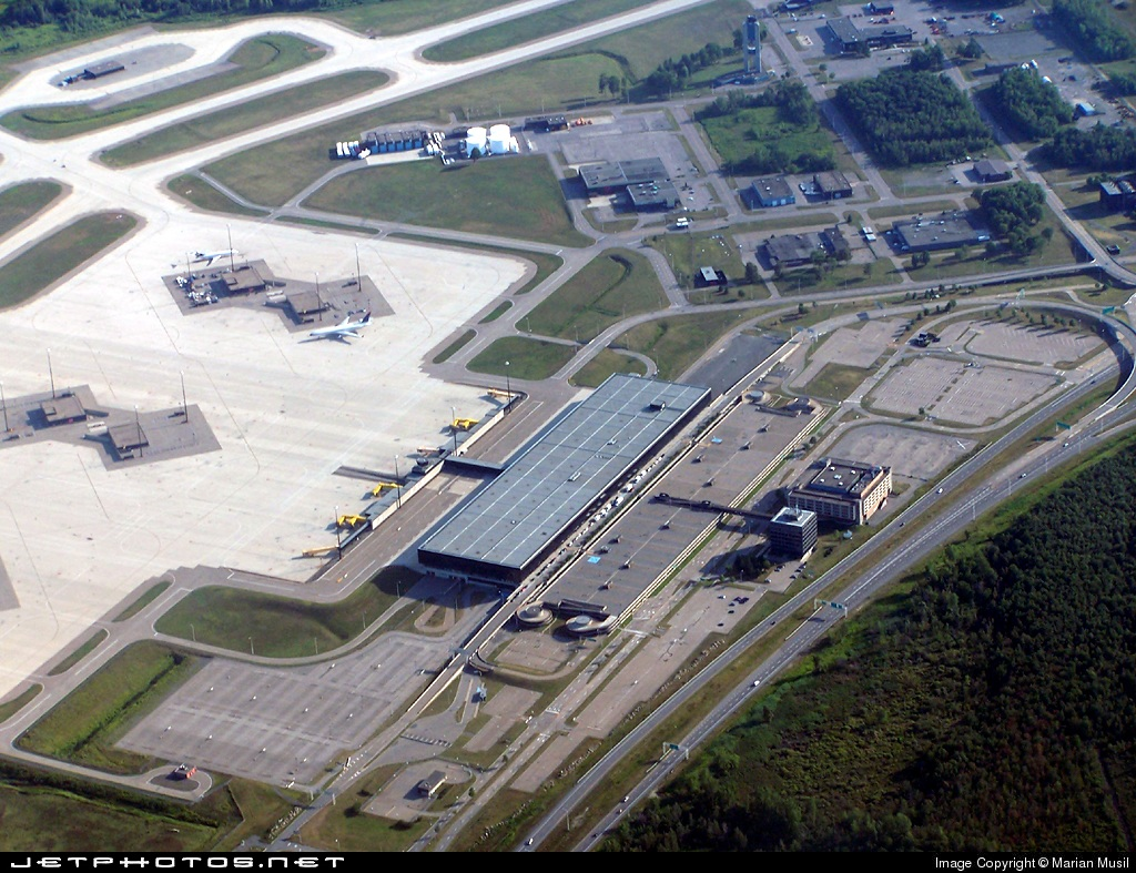 CYMX - Airport - Airport Overview