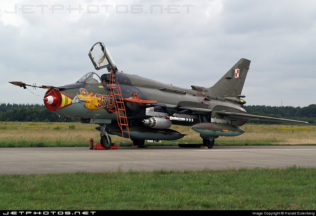 3713 - Sukhoi Su-22M4 Fitter K - Poland - Air Force