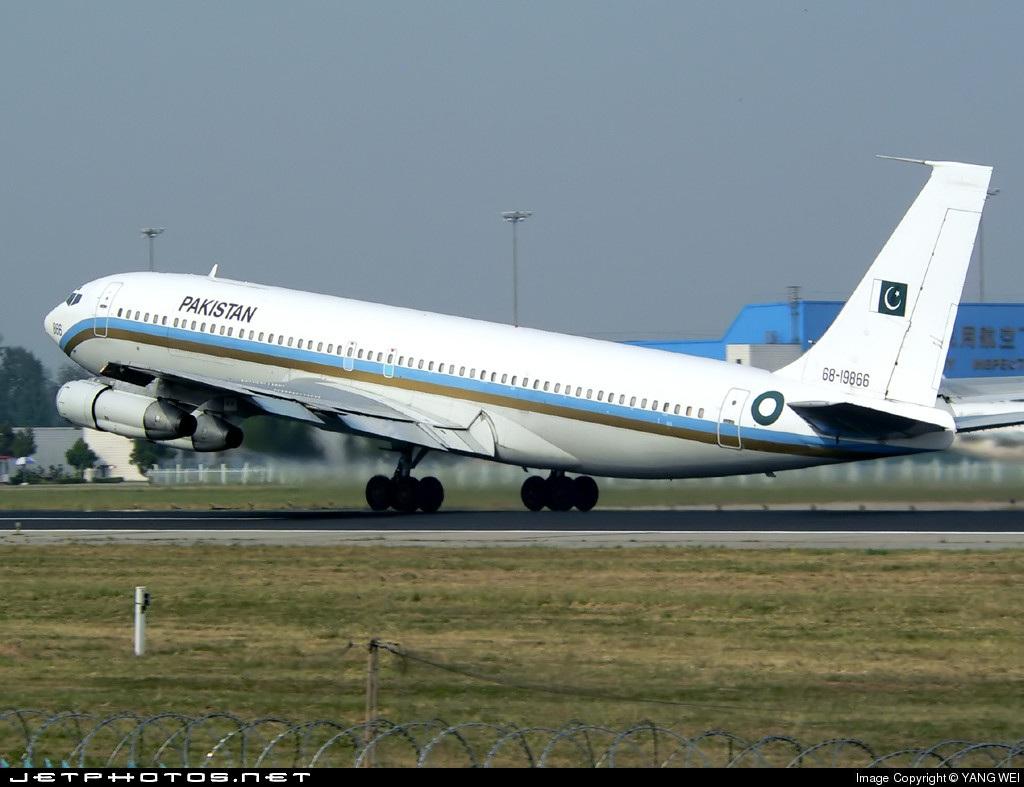 68-19866 - Boeing 707-340C - Pakistan - Air Force