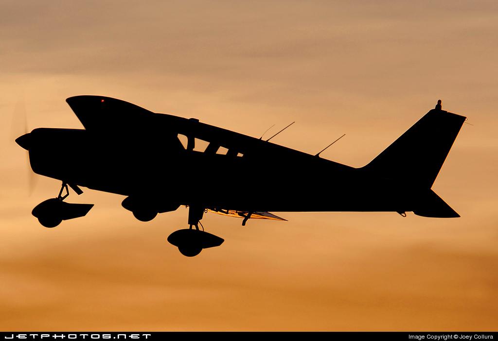 N9940W - Piper PA-28-140 Cherokee - Private