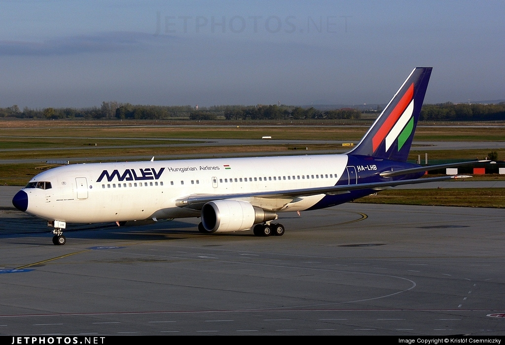HA-LHB - Boeing 767-27G(ER) - Malév Hungarian Airlines