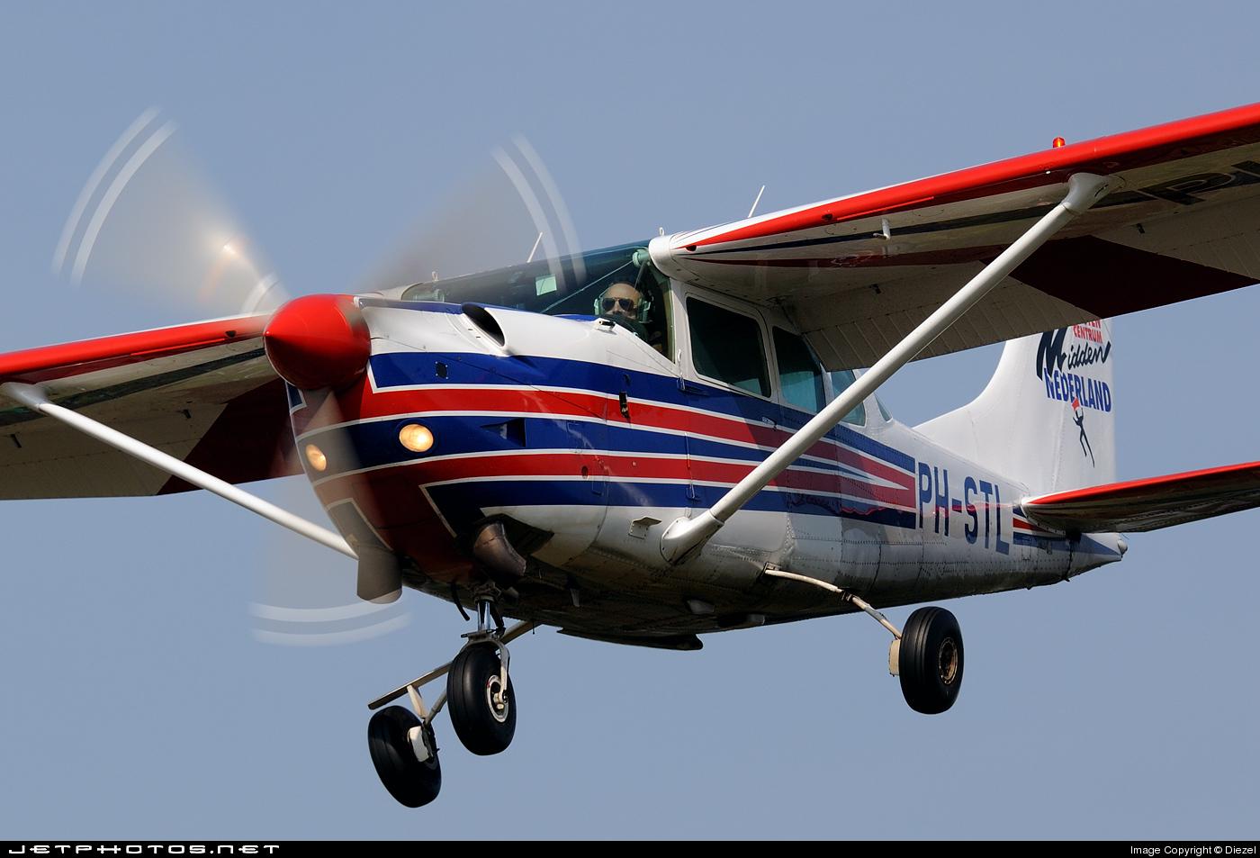 PH-STL | Cessna U206G Turbine Stationair | Parachutisten Centrum