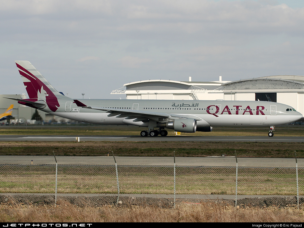 F-WWYE - Airbus A330-302 - Qatar Airways