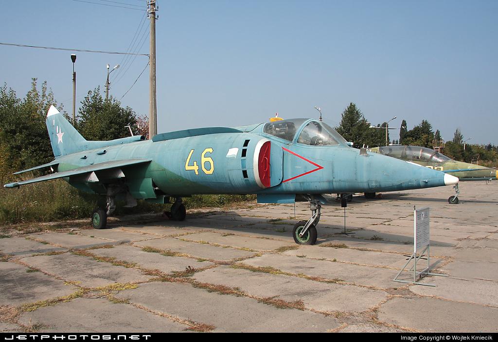 46 - Yakovlev Yak-38 Forger - Russia - Navy