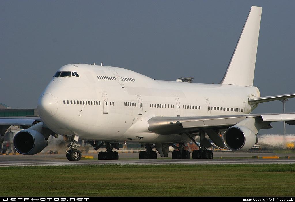 N733BA - Boeing 747-412 - Singapore Airlines