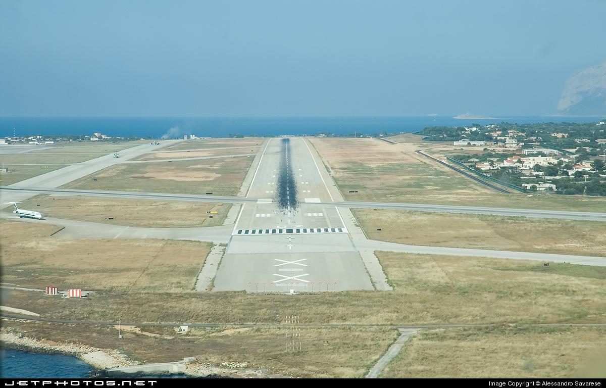 LICJ - Airport - Runway