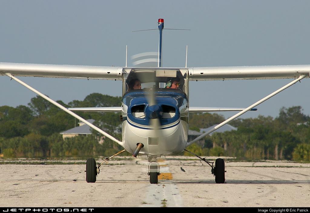 N4394L - Cessna 172G Skyhawk - Private