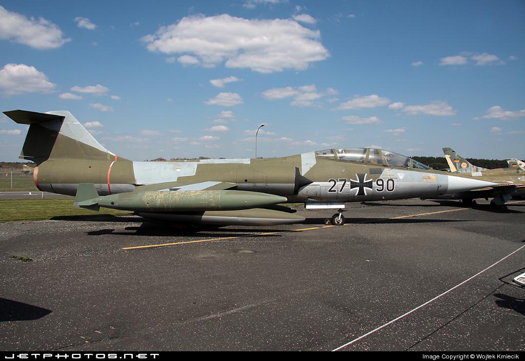 27-90 - Lockheed TF-104G Starfighter - Germany - Air Force